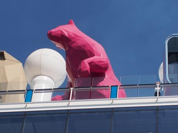 quantum of the seas の赤いクマって何なんだ 写真で綴る思い出